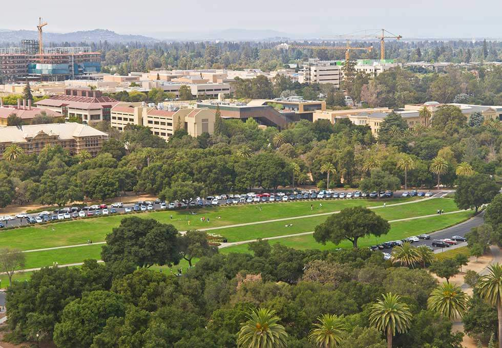 Stanford-student-loans-campus